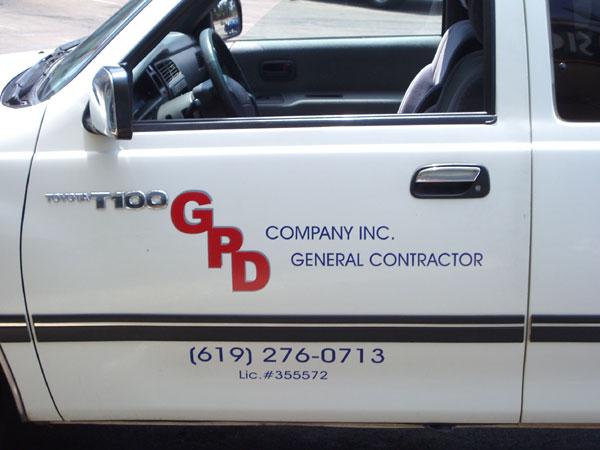 Truck-vinyl-lettering